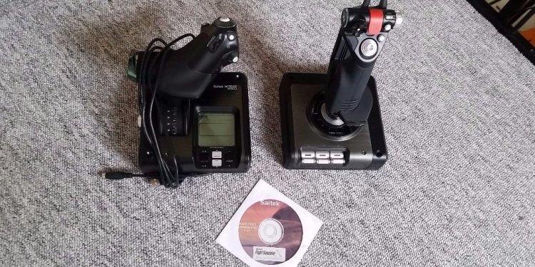Saitek x52 pro flight control